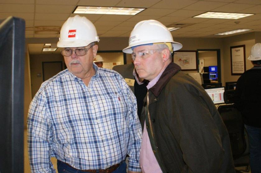 Ark. Lt. Gov visits control roomRESIZED2